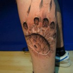 Tatouage 3D bear-foot-print-3d-tattoo - wikitattoo.fr