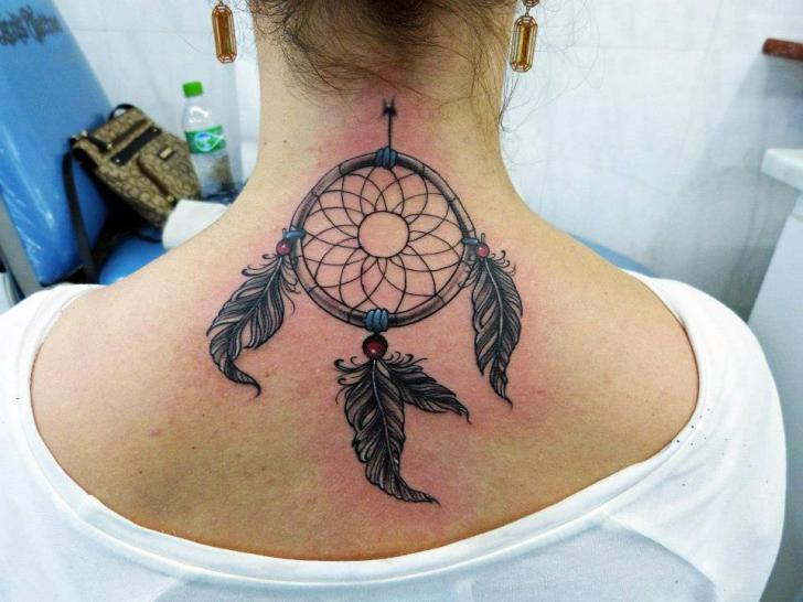 Tattoo Nuque Femme Attrape Reves