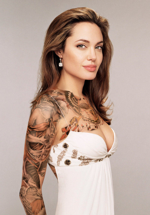 Angelima Jolie bras complet tatouage sexy