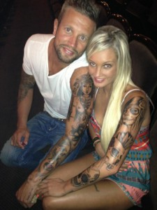 couple tatouage bras complet ange