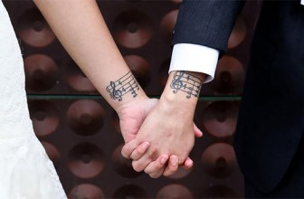 Tatouage couple amour – Significations & Top50 Modèles